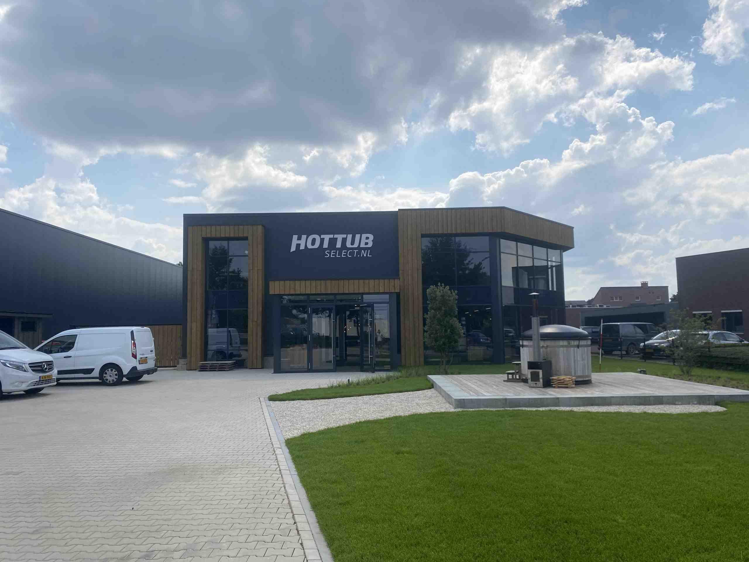 Nieuwbouw bedrijfshal Hottub Select Mill.
